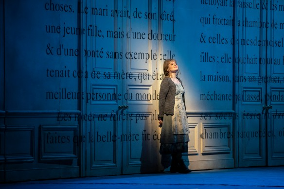Siobhan Stagg (Cinderella) : Cendrillon Lyric Opera of Chicago Dec 2018 (c) Todd Rosenberg.JPG